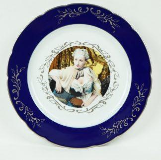 Cindy Sherman (1954), Madame de Pompadour, presentation plate (blue), 1990.