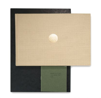 Herman de Vries (1931), 3 Artist's Books: in memory of the scottish forests, die wiese | the meadow, – poa annua 10x –, 1996-2014.
